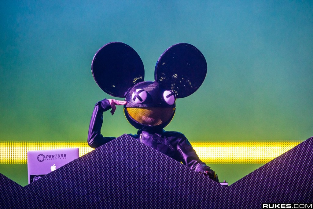 deadmau5-live-ultra-music-festival-miami-23-03-2013-photography-by-rukes-com