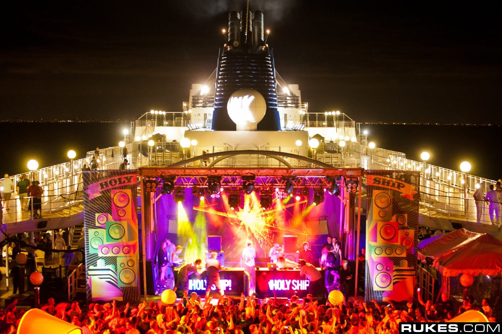 Holy-ship-rukes-1